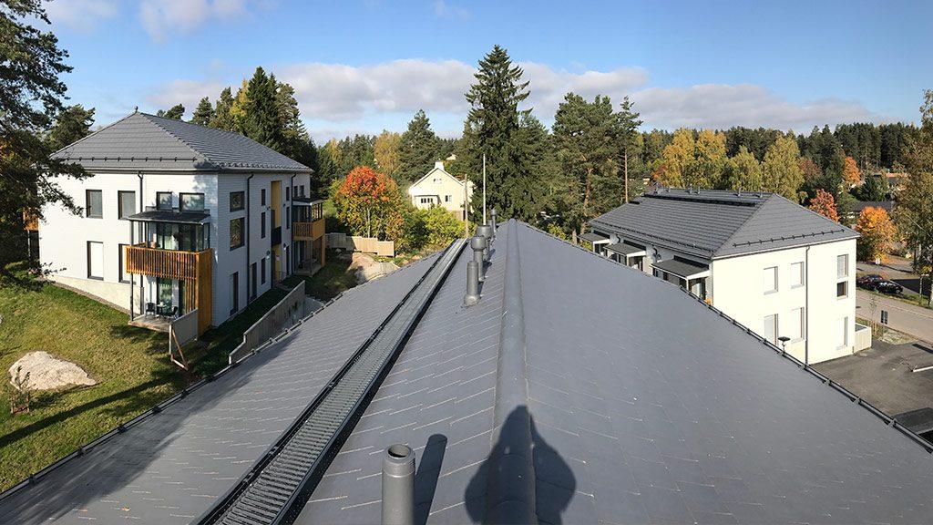 Uusi katto - Urakoitsija rakennusliikkeille